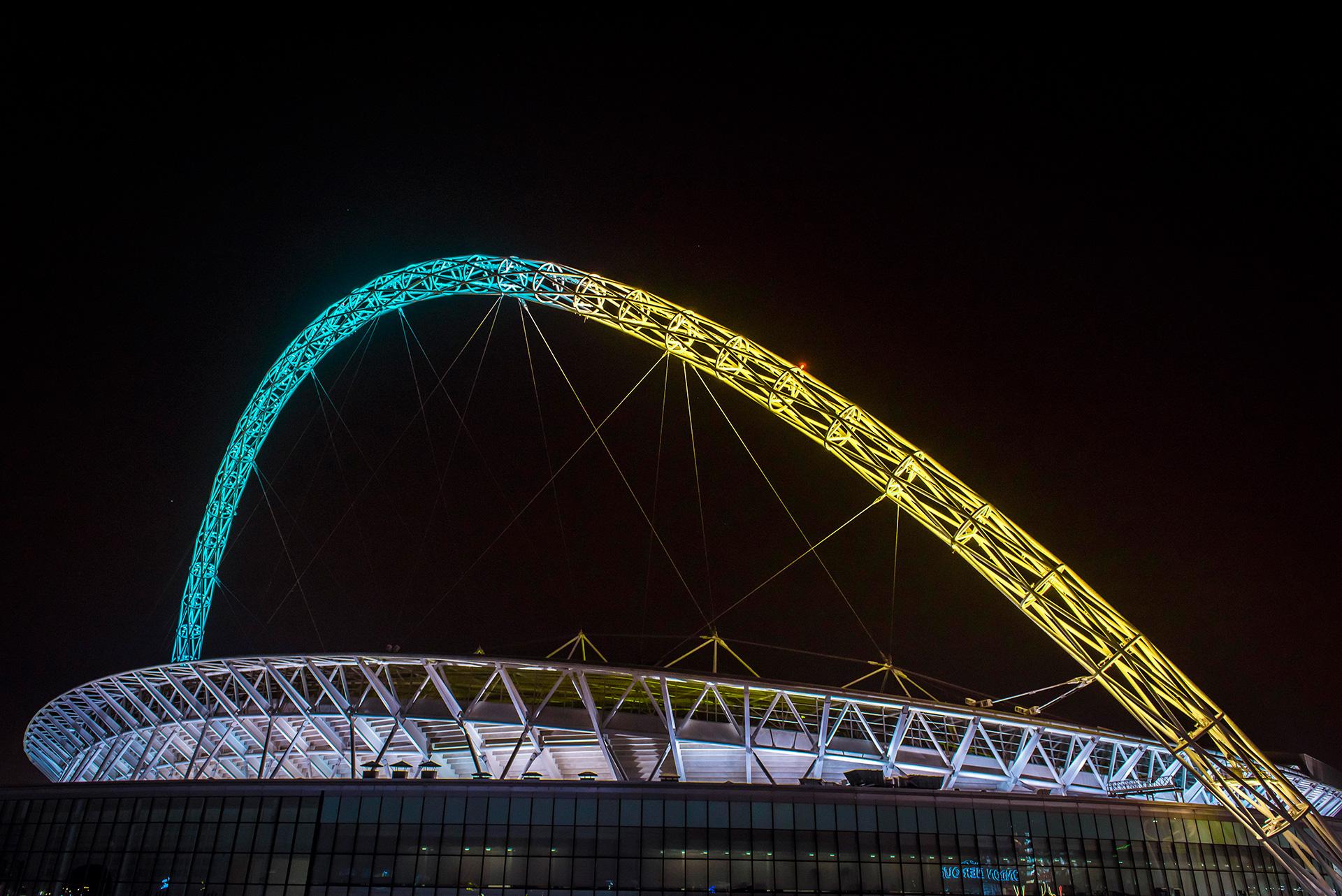 EE-Wembley-Stadium-Arch4